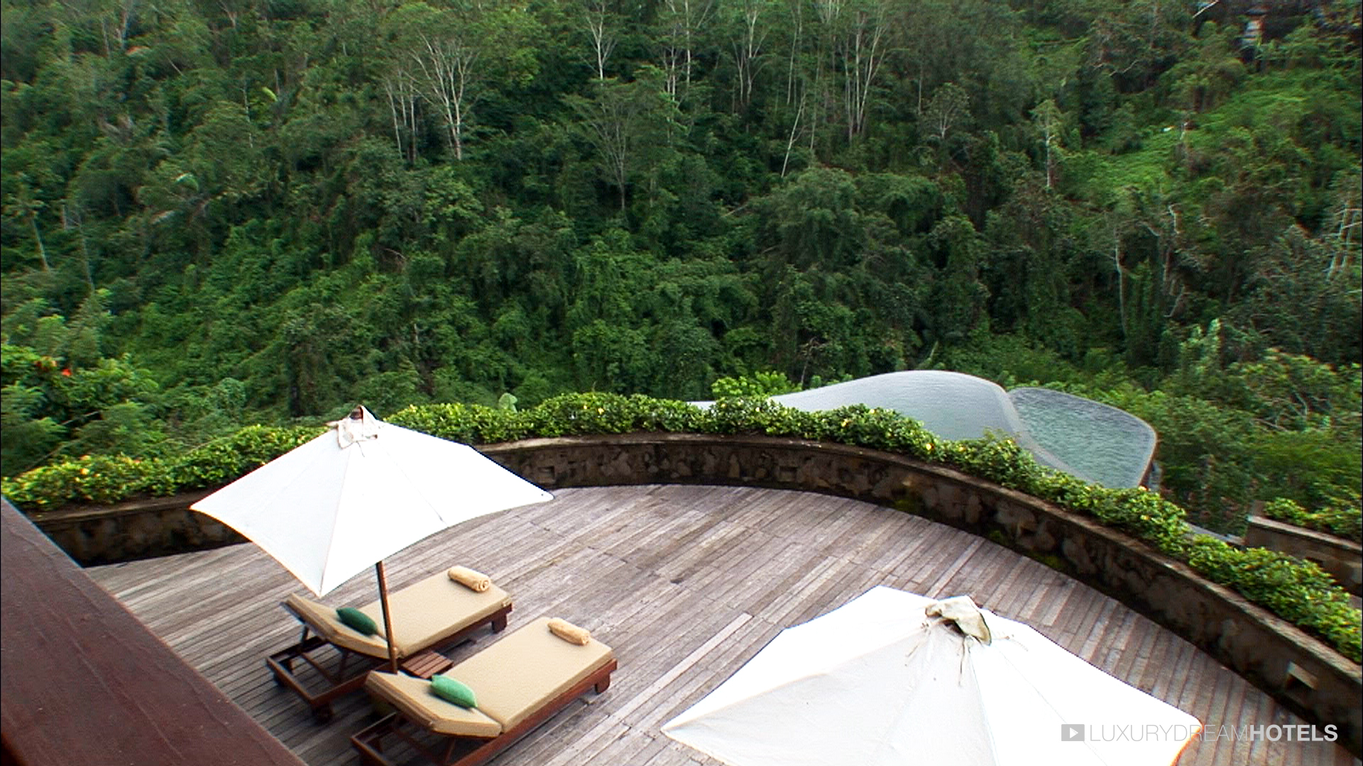 Luxury hotel Ubud Hanging Gardens Bali Indonesia Luxury Dream