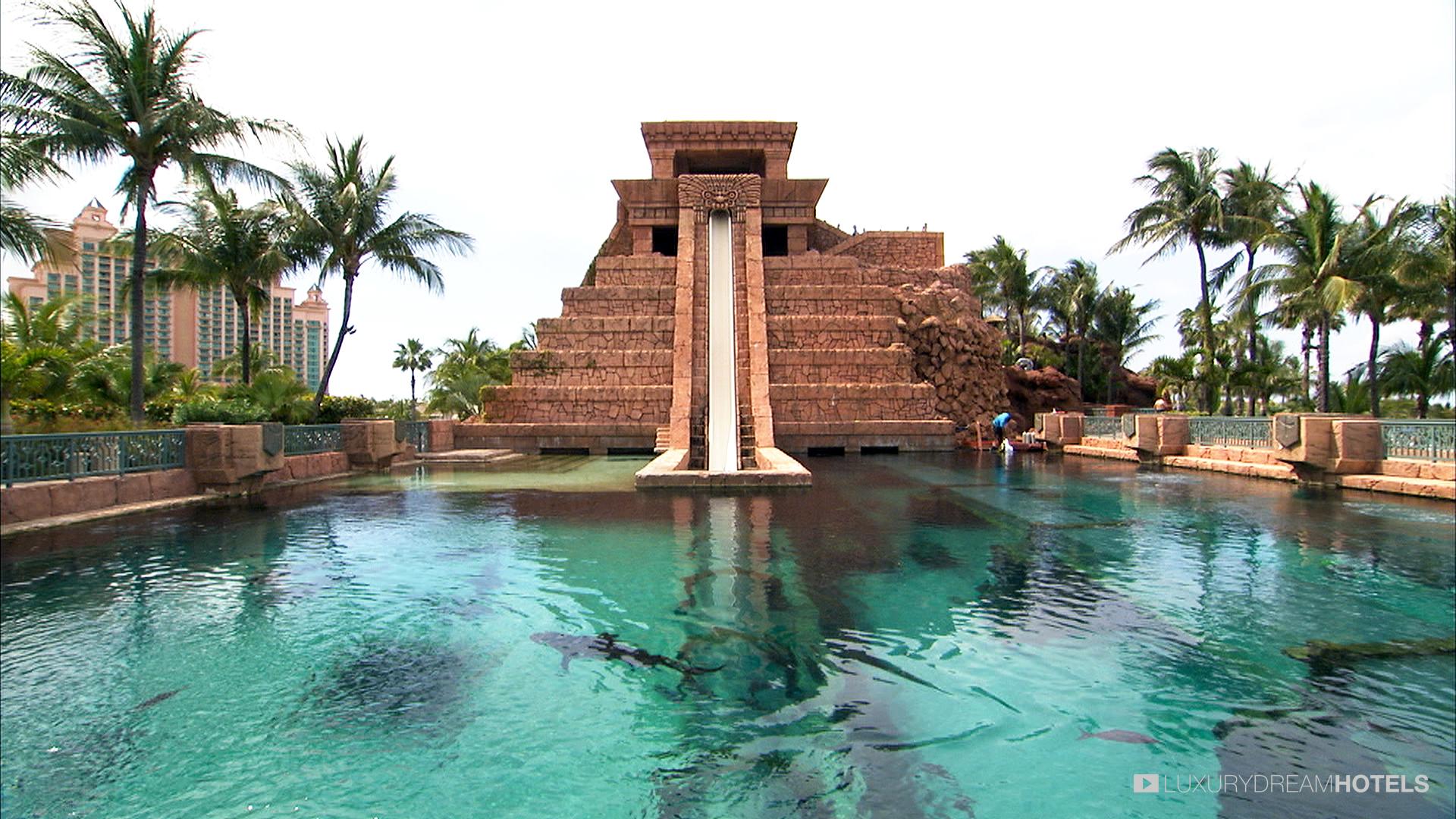 Atlantis Paradise Island Hotels