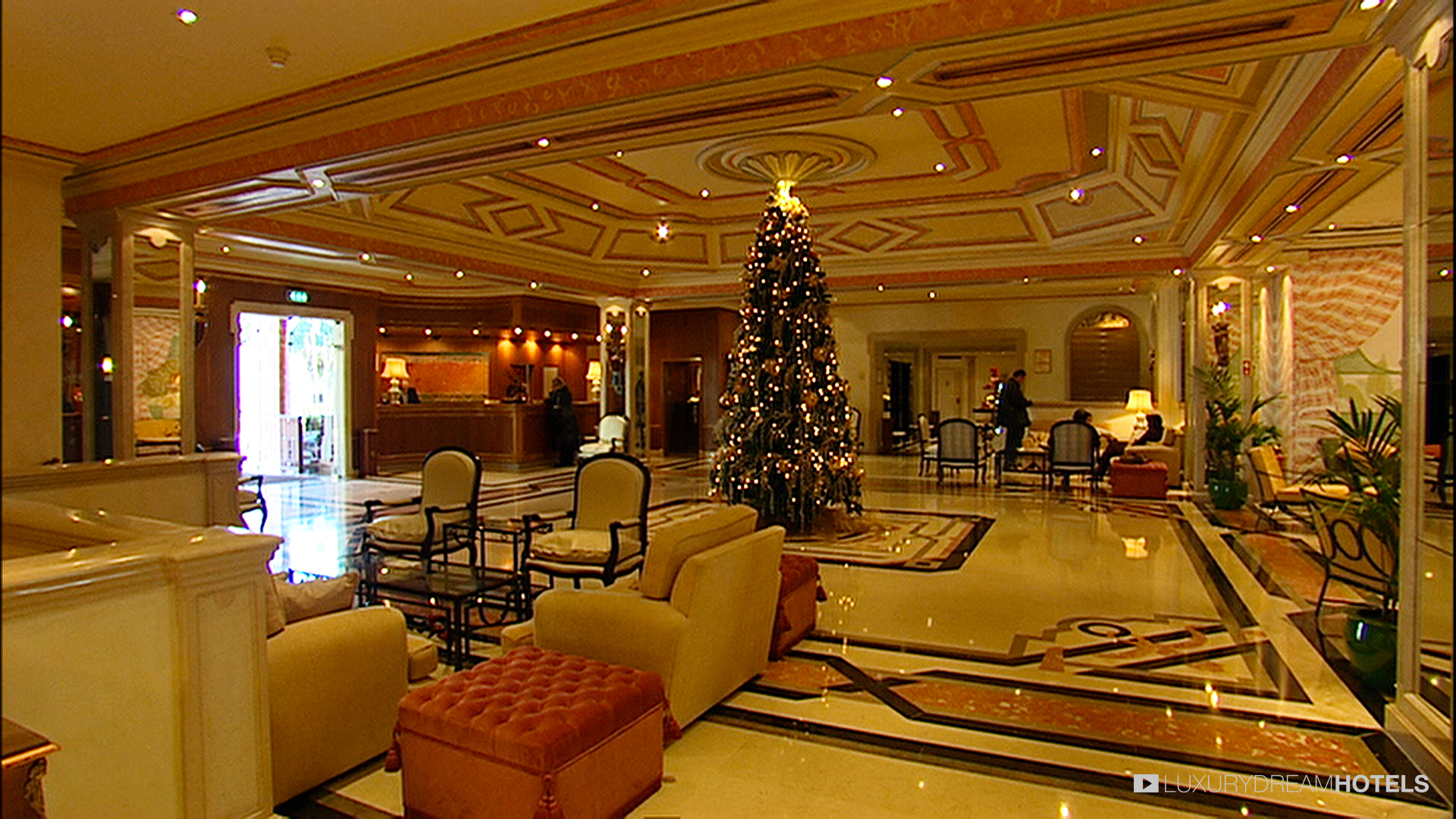 Image gallery luxury palace for Hotel palace