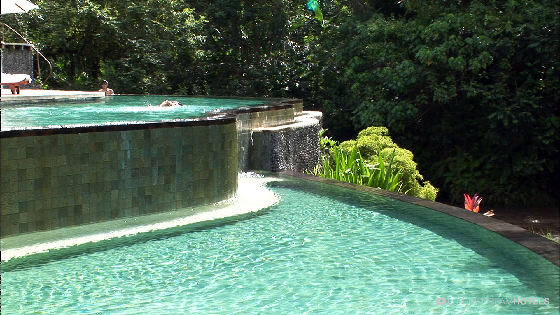 Luxury Hotel Fours Seasons Ubud Bali At Sayan Bali Indonesia