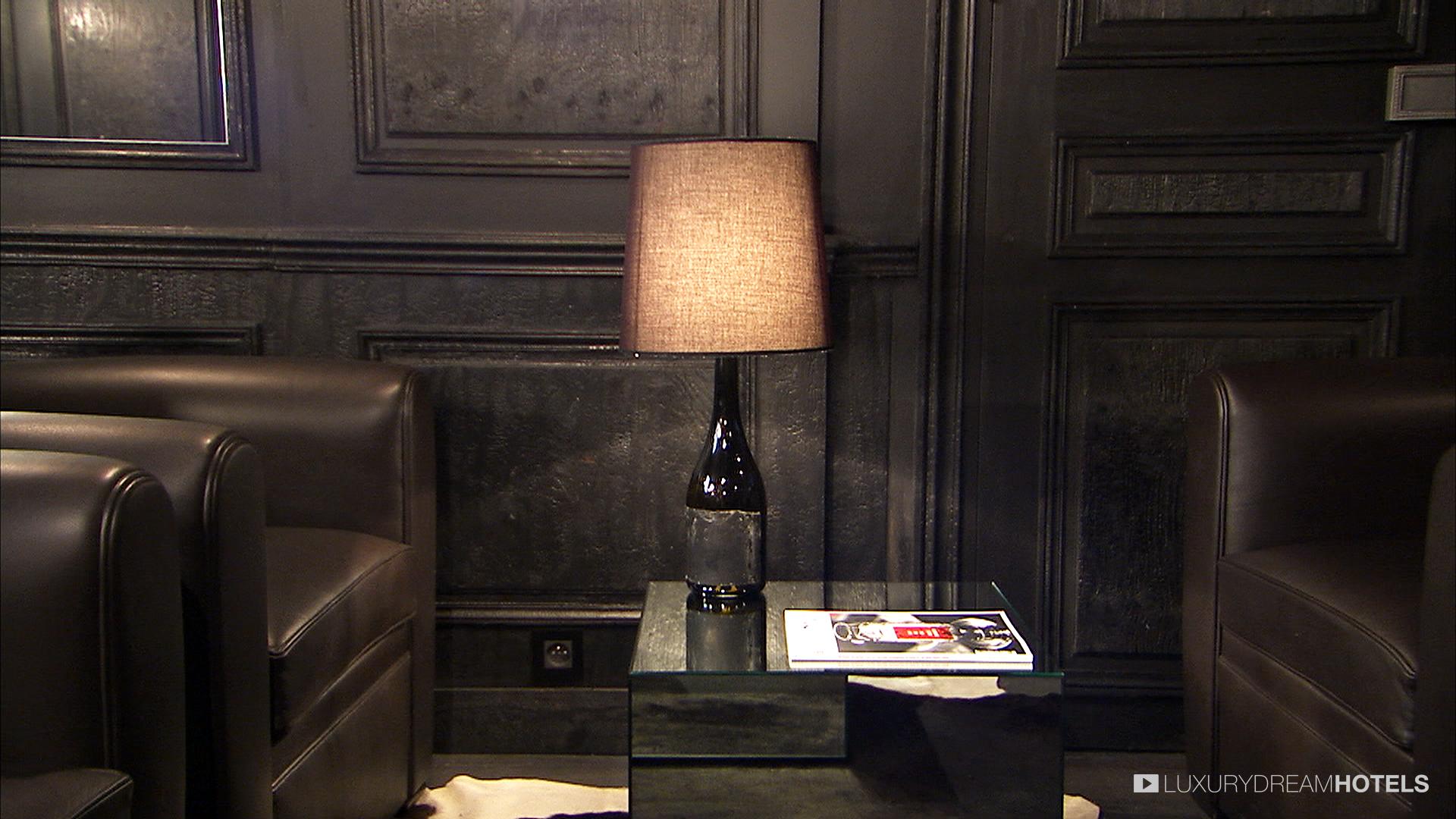 la maison champs elysees la maison la maison champs. Black Bedroom Furniture Sets. Home Design Ideas