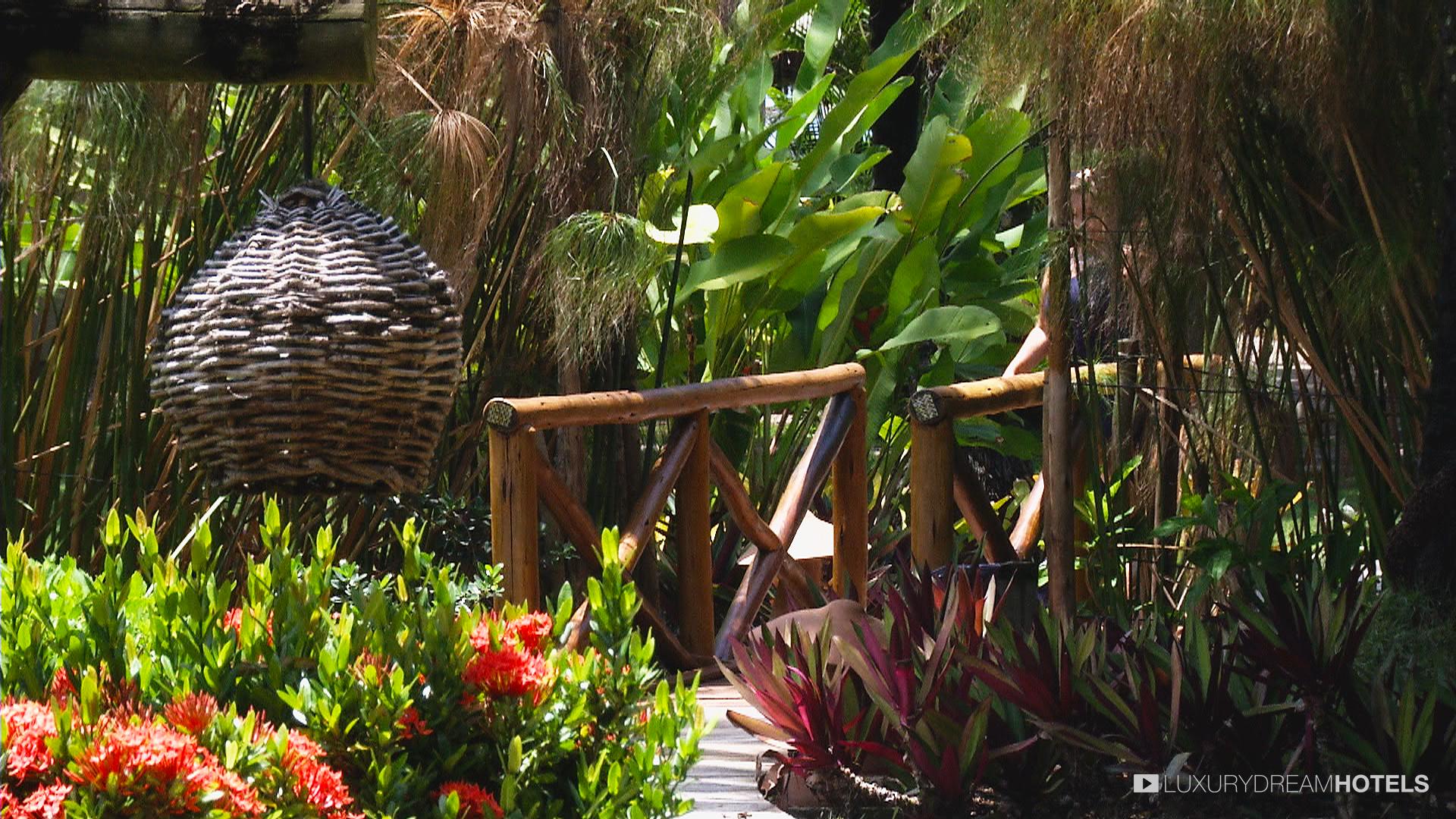 Luxury hotel, Kiaroa Eco Luxury Resort, Península de Maraú - Bahia ...