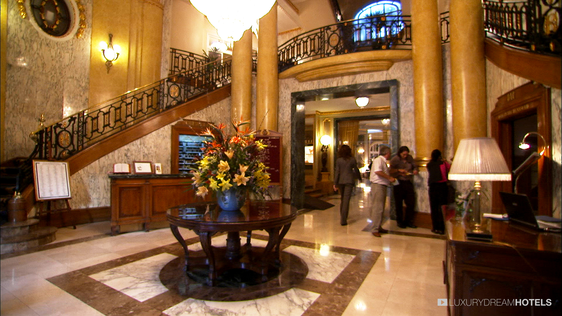 1000 images about viajes barcelona hotel palace on Hotel original barcelone
